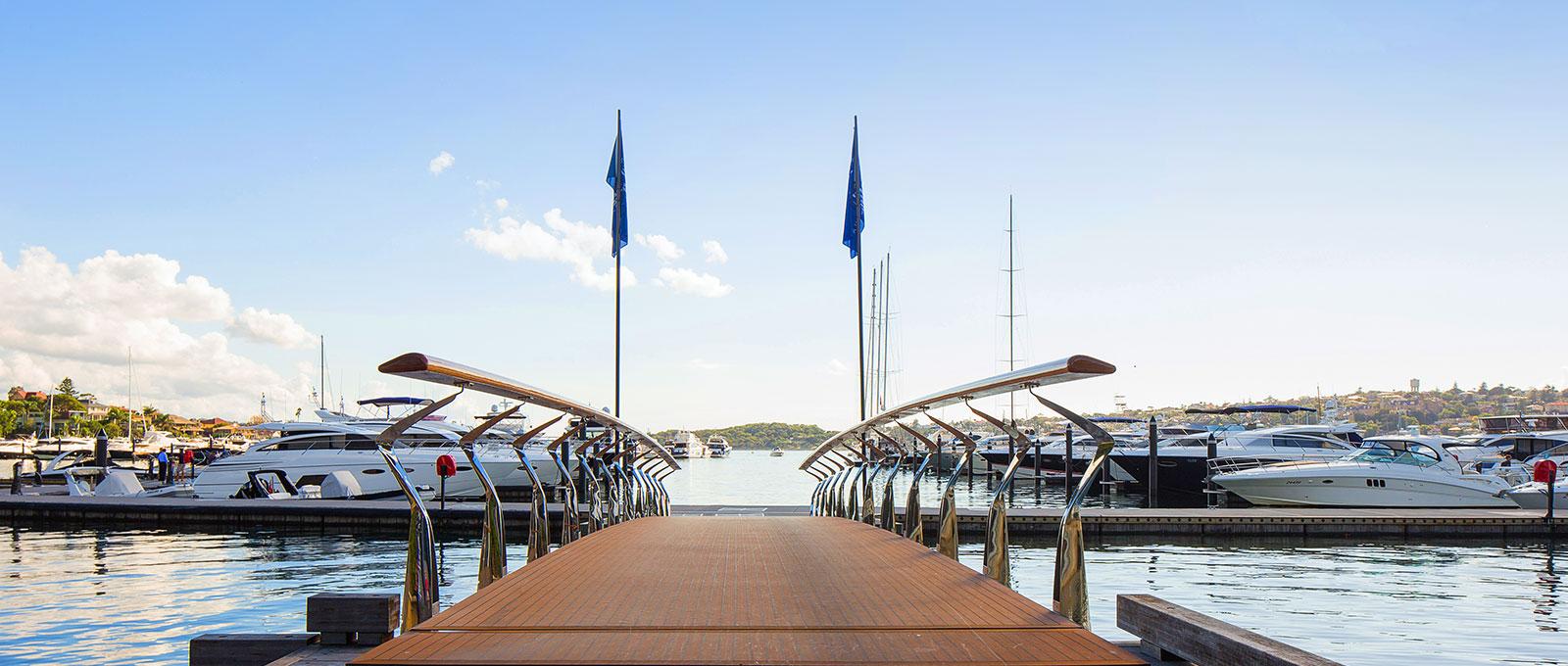 site web de la boutique bateaux bateaux de luxe yachts vendre dans la baie rose sydney. Black Bedroom Furniture Sets. Home Design Ideas