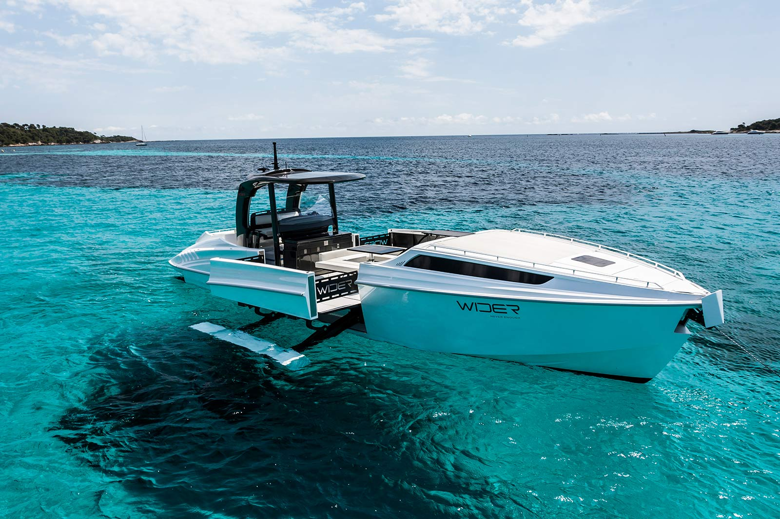 Boutique Boats Website | Wider 125